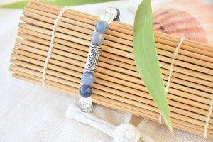 BRACELET PIERRES NATURELLES AVENTURINE BLEUE-CRISTAL DE ROCHE NEIGE 1 - Copie